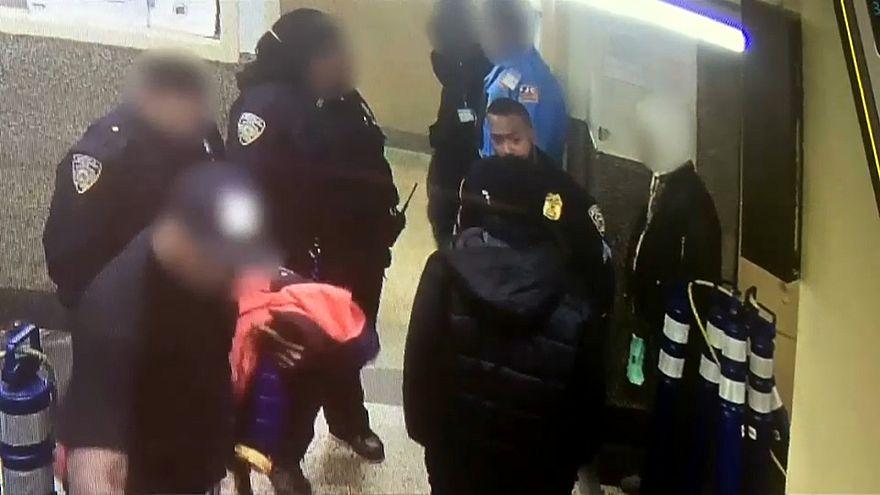 إلقاء القبض على شرطي أمريكي سابق لضربه مشرداً في ملجأ