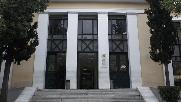 Σκληρή ανακοίνωση της Ένωσης Δικαστών και Εισαγγελέων για τις απειλές του «Ρουβίκωνα»