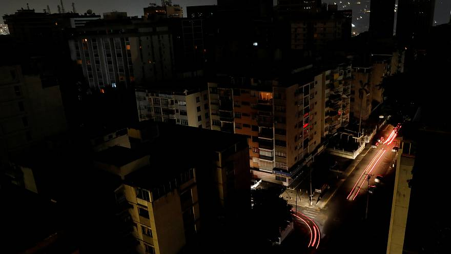 Venezuela sufre el mayor apagón de su historia