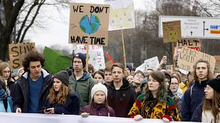 """Weltweiter Klimaprotest am 15.3.: """"Weil Ihr uns die Zukunft klaut"""""""
