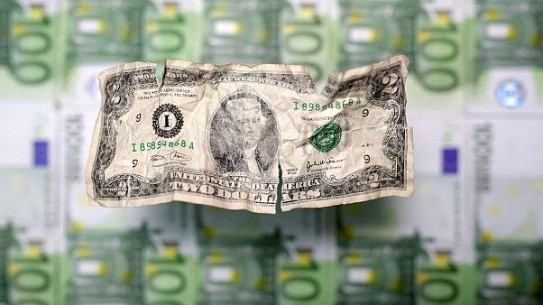 پیشروی دوباره دلار؛ فاصله نرخ آزاد و سِنا به ۲۰۰ تومان رسید