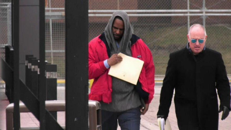 Звезду R&B освободили из-под ареста после выплаты алиментов
