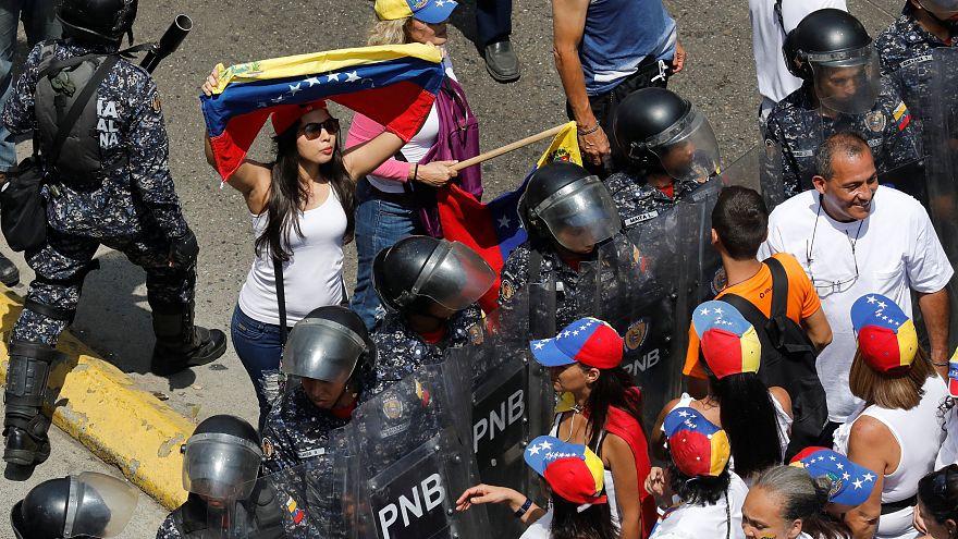 Третий день без света: Каракас охватили протесты