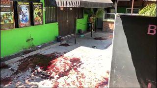 مقتل 15 شخصا وإصابة آخرين في إطلاق نار داخل حانة بالمكسيك