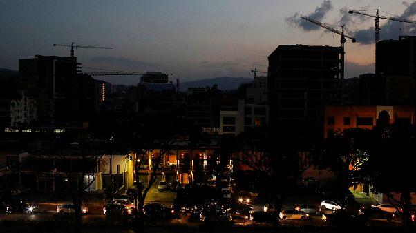 Dunkle Nacht über Caracas