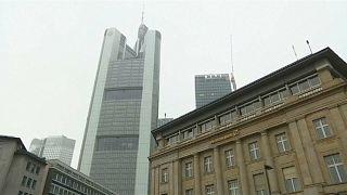 Deutsche Bank und Commerzbank loten mögliche Fusion aus