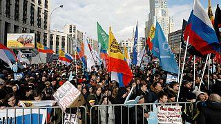 فریاد هزاران معترض روس در مسکو: پوتین، اینترنت را رها کن