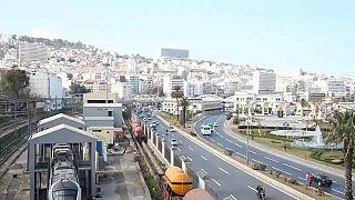 شريحة واسعة من التجار يستجيبون للاضراب العام في الجزائر