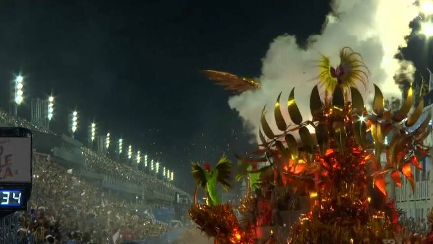 شاهد: اختتام مهرجان ريو ديجانيرو بتتويج مدرسة مانغيرا