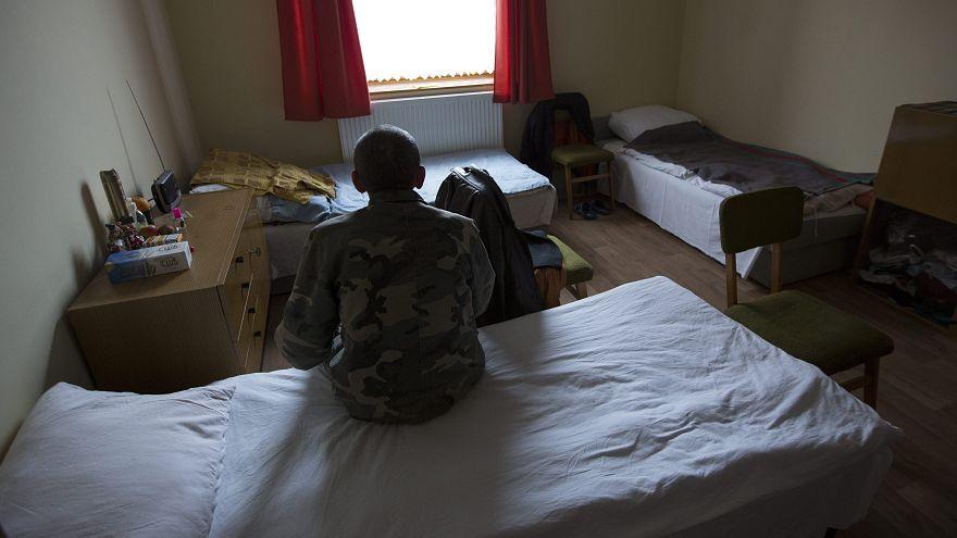 Hajléktalanszállókon laknak a menekültek Magyarországon