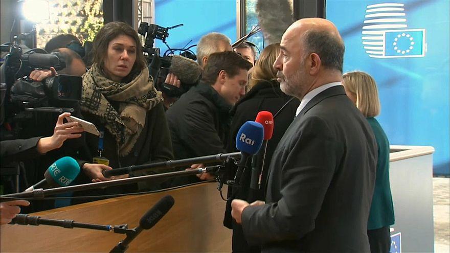 Moscovici antevê avanço populista nas Europeias