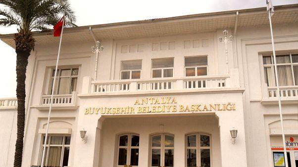 31 Mart yerel seçimleri: Antalya'da AK Parti, CHP, MHP'nin oyları ne kadar? Anketler ne diyor?