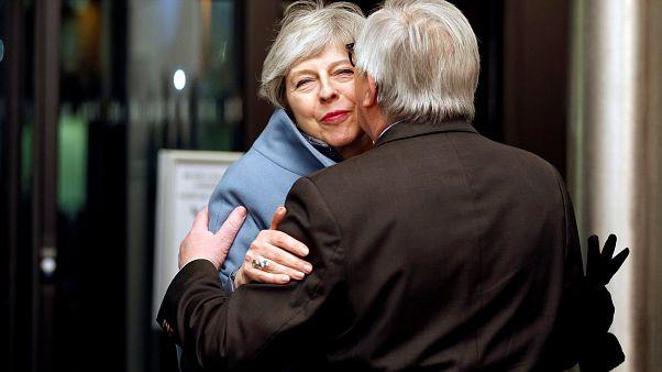 Brexit : Theresa May à Strasbourg pour d'ultimes négociations