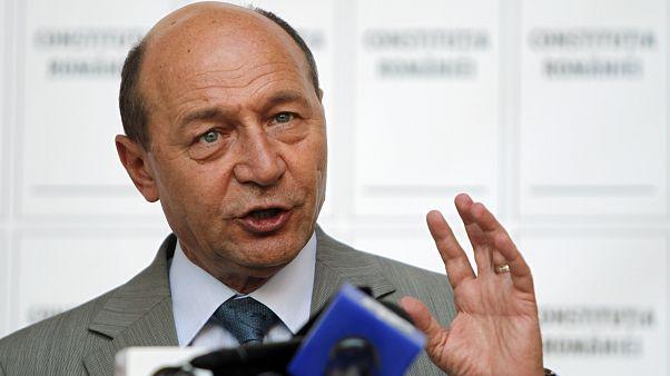 Basescu nem támogatja, hogy a Fidesz az Európai Néppártban maradjon