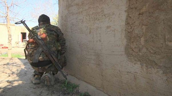 Siria, l'Isis asserragliato sottoterra nell'ultima enclave di Baghouz