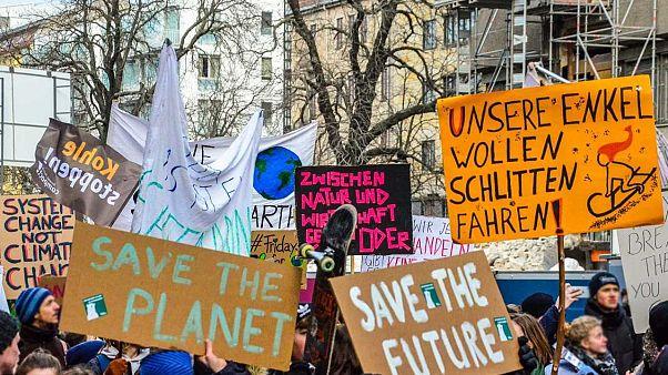 """""""Parents for Future"""" unterstützen Klima-Protest: """"Auch Erwachsene sollen auf die Straße gehen"""""""