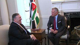 """بومبيو يجتمع بالعاهل الأردني في واشنطن ويتناقشان في """"سلام الشرق الأوسط"""""""