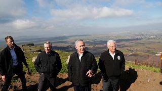 نتنياهو برفقة السفير الأميركي في إسرائيل والسيناتور غراهام ليندسي