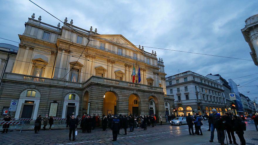 دار أوبرا لا سكالا في مدينة ميلانو الإيطالية - صورة من أرشيف رويترز