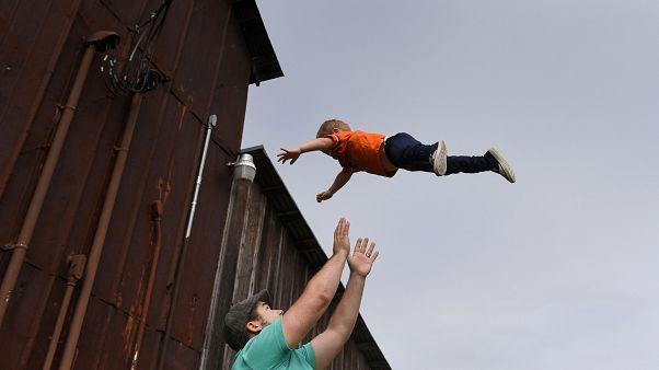 EU-Parlament beschließt Maßnahmen zur Vereinbarkeit von Beruf und Kind