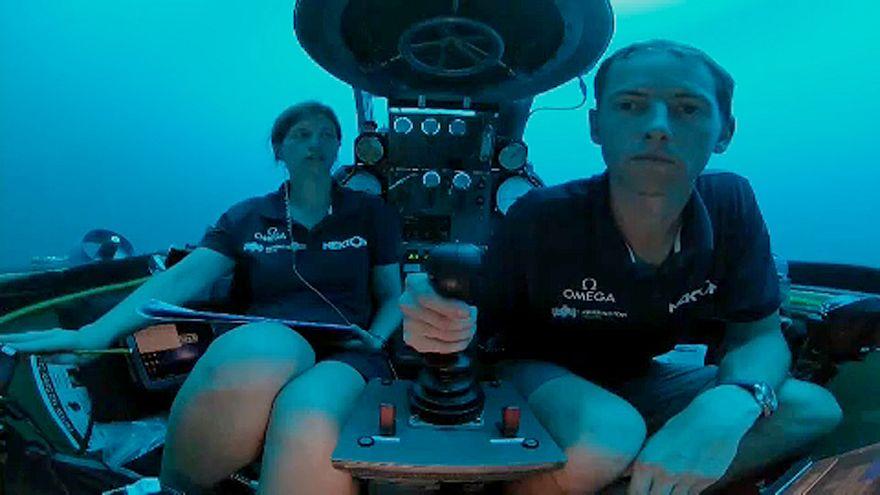 Az első tenger alatti élő közvetítés