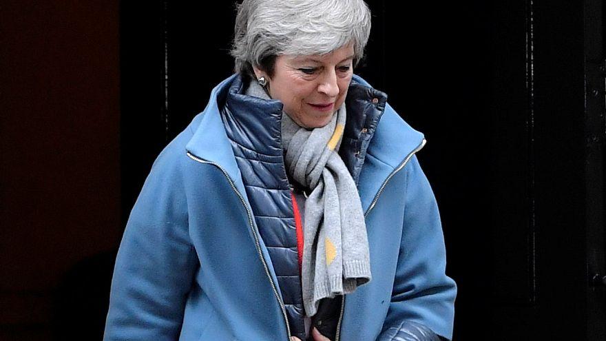"""Британский парламент вновь отклонил сделку по """"брекситу"""""""