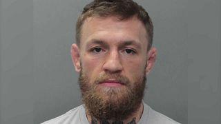 Arti marziali: McGregor arrestato a Miami, distrutto il telefono di un fan