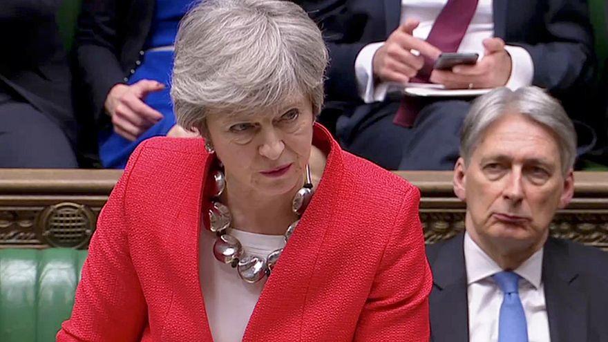"""Brexit : Theresa May défend """"l'accord de la dernière chance"""""""
