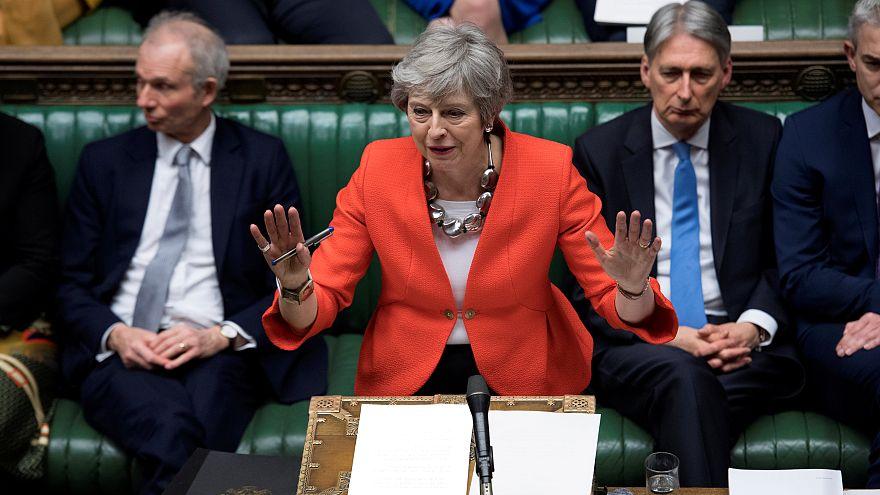 Schlappe für May: EU-Austrittsabkommen wieder abgeschmettert