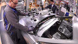 Volkswagen 2023'e kadar 5 bin ila 7 bin kişinin işine son verecek
