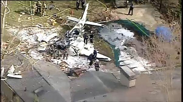 Családi házra zuhant egy kisrepülő