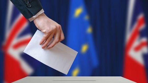 Brexit - Unterhaus schließt No-Deal-Austritt kategorisch aus