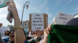 ابراز آمادگی دولت الجزایر برای گفتوگو با مخالفان