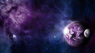 ناسا تكتشف زوجين من المجرات التصقتا معا عن طريق الجاذبية