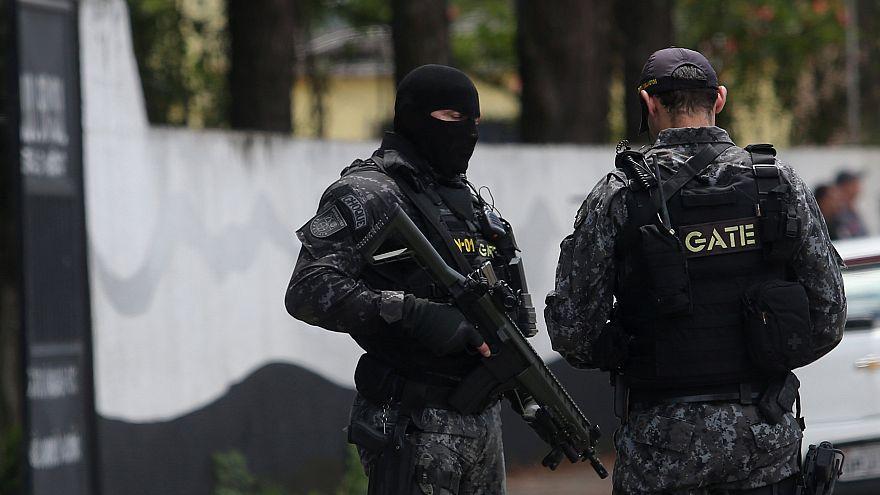مقتل 9  في إطلاق نار بمدرسة في البرازيل