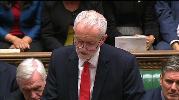 Corbyn: megkeressük a konszenzust, amire a kormányfő képtelen volt
