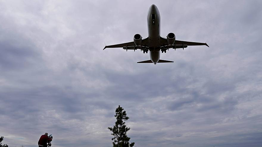 Καθηλώνουν στο έδαφος τα Boeing 737 MAX