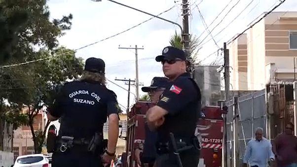 شاهد.. اللحظات الأولى للمجزرة التي نفذها شابان في مدرسة برازيلية