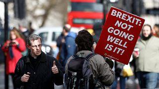 Brexit : les députés voteront-ils pour un report du divorce avec l'UE?