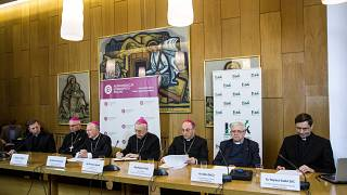 Din adamları Polonya'da basın toplantısı düzenledi