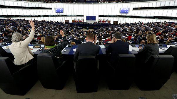 نمایندگان پارلمان اروپا در جلسه فصلی در استراسبورگ