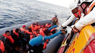 انخفاض أعداد طالبي اللجوء في الاتحاد الأوروبي والسوريون يتصدّرون القائمة