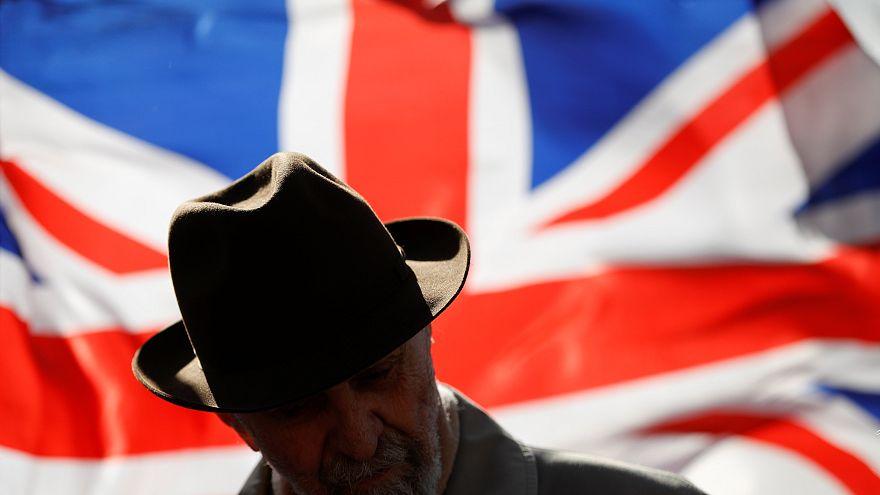 El Parlamento británico no quiere un Brexit 'duro' y buscará la prórroga en Bruselas