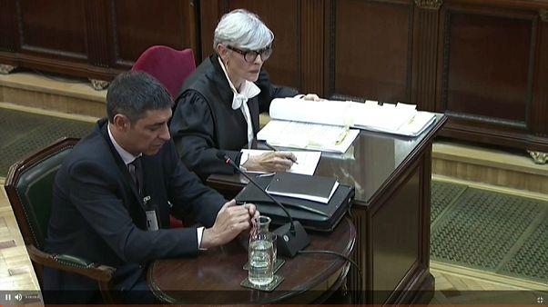 Ex-chefe da polícia catalã aponta dedo à Generalitat
