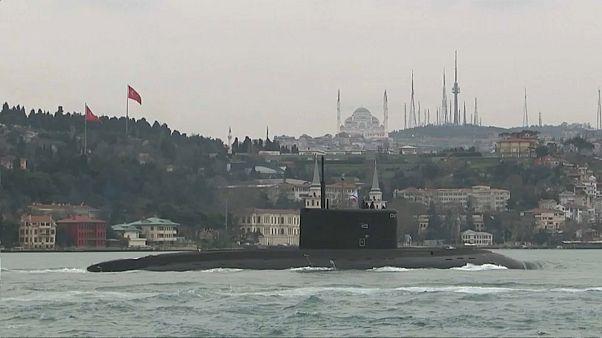 'Krasnodar' cruza las aguas del Bósforo