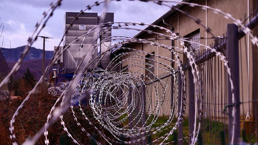 إسبانيا تعلق تجارب الصعق الكهربائي على السجناء