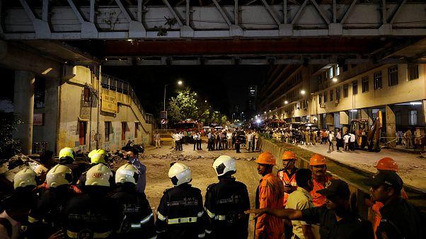 Обрушение моста в Индии