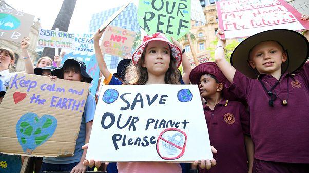 Öğrencilerin küresel iklim eylemleri başladı: Avustralya ve Yeni Zelanda'da gençler grev yaptı