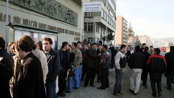 Türkiye'de işsizlik oranı 3,1 puan artışla yüzde 13,5 oldu