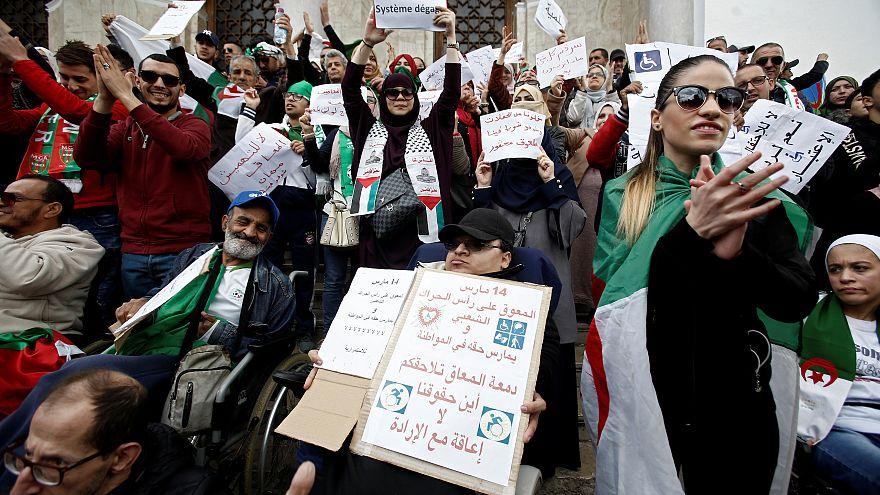 Kendi parti sözcüsü: Bouteflika tarih oldu, görevi bırakmaktan başka çaresi yok